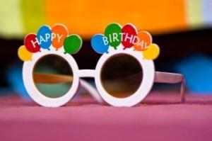 birthday-glasses_19-134503